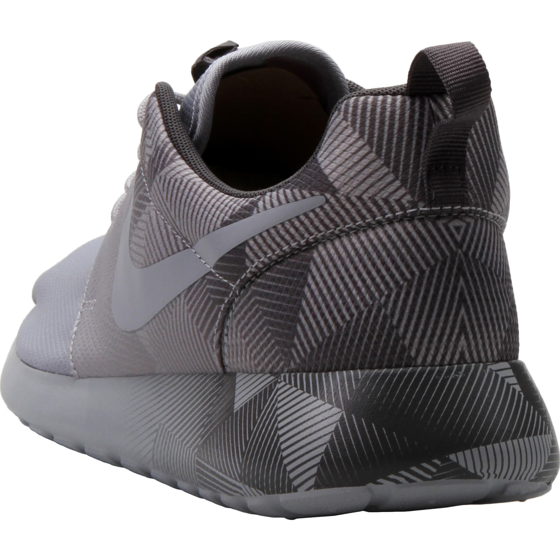 nike roshe black\/dark grey\/white bathrooms