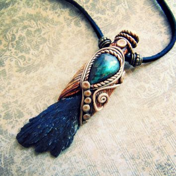 Black Kyanite Blade with Flashy Blue Labradorite Necklace