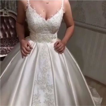 Eslieb Lace Crystal Wedding Dress 2018 Vestido de Noiva Sexy Spaghetti Straps Wedding Dresses