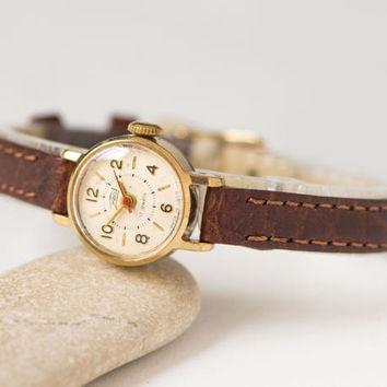 Very small woman watch Dawn, micro watch gold plated, rare watch feminine, classic lady watch gift, petite watch, premium leather strap new