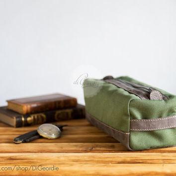 Leather dopp bag dopp kit toiletry bag men's toiletry bag canvas dopp kit shaving bag waxed canvas handmade dopp kit military green