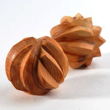 Wooden Tactile Toy - Organic Sensory Toy - Juniper riffled beads -  Montessori Toy - Eco Friendly Handmade Wooden Toys for Kids