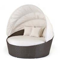 Caluco All-Weather Wicker Round Moon Daybed | www.hayneedle.com