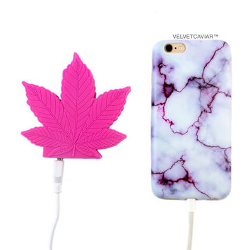 2000 mAh Portable Power Bank Phone Charger - Pink Weed