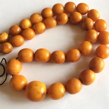 76.9 grams Antique Baltic Amber Bead Necklace