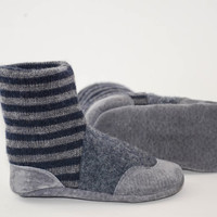 Baby Booties, Toddler Slipper Socks, Children Winter Shoes, Leather and Wool, Ooak, Eco- Friendly.  Sizes: 0-12M, 6-18M & 12-24M, Gray Sky