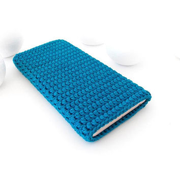 Teal Samsung S9 sleeve, Pixel 2 cover, vegan iPhone 8 case, Galaxy J2 Pro sock, Nokia Sirocco case, Sony Xperia XA pouch, HTC Desire 12 cozy
