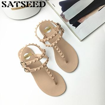 Rivet Wind Rome Sandals Female Korean Students All-match Flat with Flip Flops Jelly Women Shoes Buckle Strap New Fashion Novelty