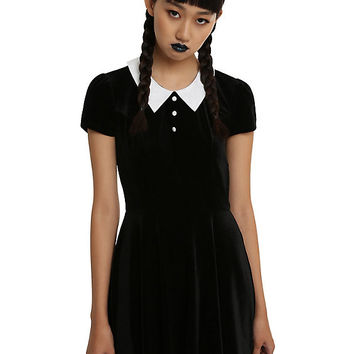 Black & White Collar Velvet Dress