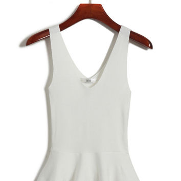 Sleeveless V-neck Peplum Top