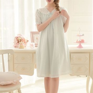 New Arrivals Lace Nightgown Vintage Indoor Clothing Elegant Sexy Sleep Shirts Solid Sleepwear Nightgowns Sleepshirts #H106