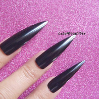 black stiletto long nails halloween costume glossy vampire wag drag queen false tip goth uñas quirky cosplay sexy men pointy lasoffittadiste