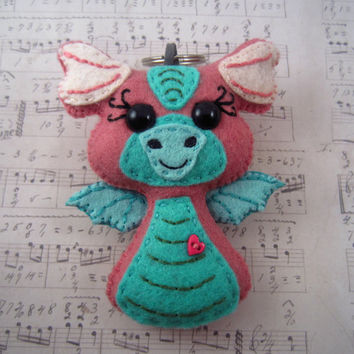 Dragon Ear Bud Holder, Kawaii Dragon, Felt Dragon, Dragon Key Chain, Pink Dragon