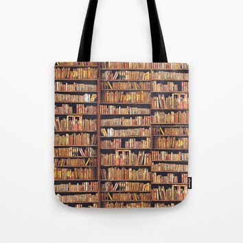Read to live, live to read. Tote Bag by anipani