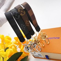 Louis vuitton sells casual lady key chains fashion trend printed key chains