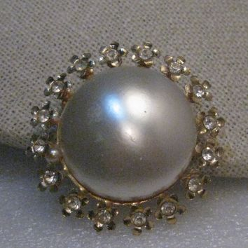 "Vintage Faux Pearl Rhinestone Brooch, 1950's/1960's, 1.5"" Round, Gold Tone"