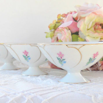 On Sale Vintage Japanese Rice Bowls, Set of 3, Ice Cream Bowls, Tea Party, Wedding, Cottage Style, Shabby Chic, Berry Bowls