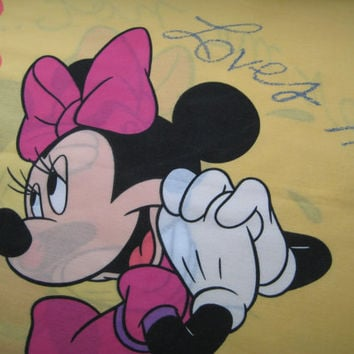 Disney Minnie Mouse Pillowcase Standard Size Loves Me Loves Me Not Craft Fabric Clean Used