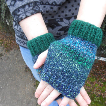 Women's gloves. Fingerless Gloves. Wrist Warmers. Women's Fingerless Mitts. Texting Gloves. Knit Hand Warmers. Stocking Stuffer.