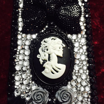 Victorian Gothic Black and Silver Rhinestone iPhone 6 / iPhone 6s Case