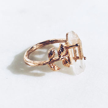 Crystal Quartz Leaves Ring in Rose Gold. Handcrafted Dainty Luxury Mystic Raw Gemstone Gift Perfect for All Occasions.