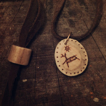 Peura, The Deer • Shamanic necklace • Antler pendant • Shamanic runes • Witch necklace • Pagan jewelry • Tribal • Sami jewelry