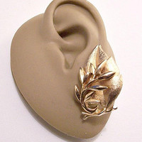 Sarah Coventry Layered Leaves Clip On Earrings Gold Tone Vintage Brushed Florentine Bottom Smooth Detailed Tree Branch