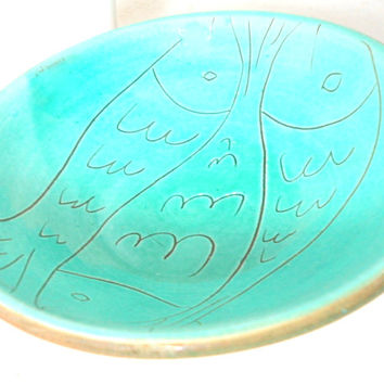turquoise ceramic bowl- 80s- 3 fishes drawing- hand made pottery from Greece-summer beach decor- shabby chic vintage