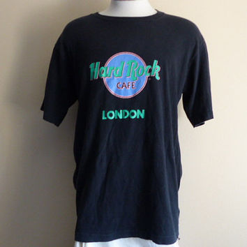 vintage 80's 90's Hard Rock Cafe London UK. black crew neck graphic t-shirt pastel blue pink green logo print tourist travel souvenir tee XL