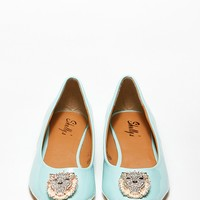 Embellished Pointy Toe Lion Flat @ Cicihot Flats Shoes online store:Women's Casual Flats,Sexy Flats,Black Flats,White Flats,Women's Casual Shoes,Summer Shoes,Discount Flats,Cheap Flats,Spring Shoes,Cute Flats Shoes,Women's Flats Shoes
