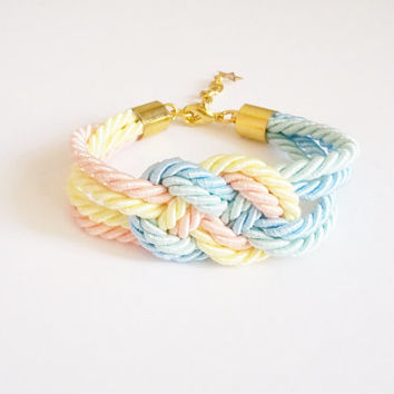 Pastel nautical rope bracelet, tie the knot