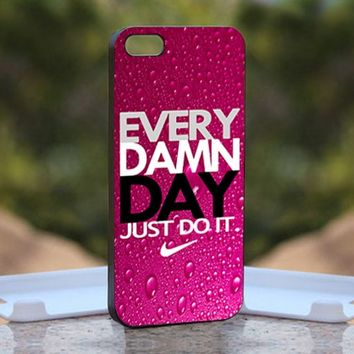 Nike every damn day purple, Print on Hard Cover iPhone 5 Black Case