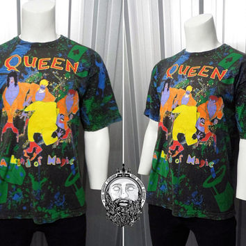 Super Rare Vintage 1986 Queen Kind of Magic Tour Shirt All Over Print Cartoon Print Freddie Mercury Brian May 80s Band Shirt Mens XL
