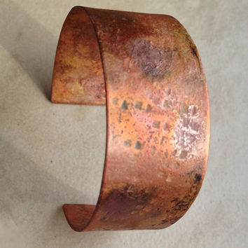 Rustic copper cuff braclet, hammered  textured cuff flamed handforged, handmade metal copper jewelry, hammered pattern rustic patina