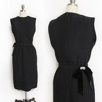 Vintage 1960s Dress - Black Crepe Sleeveless Fitted Wiggle Cocktail 60s - Small S
