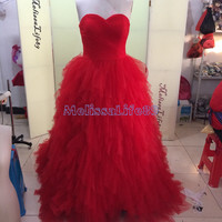 2015 Ball Gown Red Long Prom Dresses Sweetheart Sexy Backless Elegant Evening Gown Modest Sparkly Bridesmaid Dresses Hot Sale New Arrival