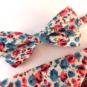 Milky White Floral Bow Tie and Pocket Square Set, Wedding Bow Tie, Man Bow Tie, Mens Bow Tie