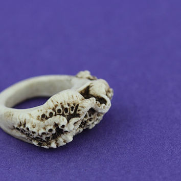 Gothic cthulhu octopus tentacle resin ring bone jewellery jewelry intricate design from the depths of the ocean   Medium