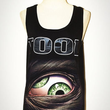 TOOL Black Sleeveless Indie Hard Rock Horror Tank Top Singlet Women T-Shirt Size M