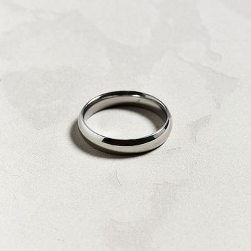 Riakoob Simple Band Ring | Urban Outfitters