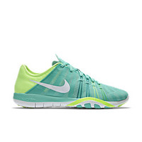 The Nike Free TR 6 Women's Training Shoe.