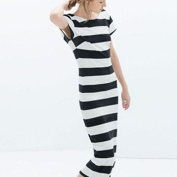 ICIKHNW Black and White Striped Backless Short Sleeve Bodycon Midi Dress