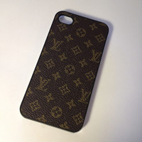 Brown LV case for the iphone 4 4s