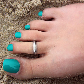 Vintage look sterling silver toe ring Plain simple design toe ring adjustable toe ring (T- 44) knuckle ring
