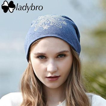 DCCKU62 Ladybro 2017 Spring Autumn Women Beanie Hat Female Warm Knitted Hat Cap Femme Sequins Diamond Bonnet Cap Lady Rhinestone Hat