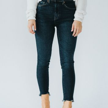 Free People: Raw High-Rise Skinny (Deep Indigo)