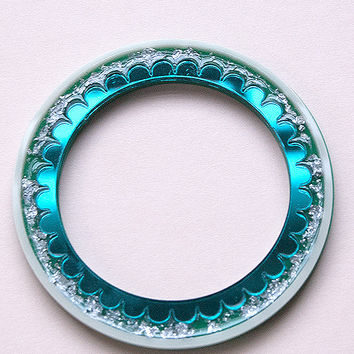Scalloped Bangle in Jungle Green by Rosa Pietsch
