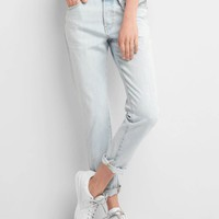 Mid rise relaxed boyfriend jeans | Gap