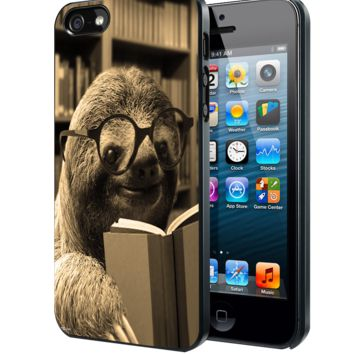 Sloth Reading Book Samsung Galaxy S3 S4 S5 S6 S6 Edge (Mini) Note 2 4 , LG G2 G3, HTC One X S M7 M8 M9 ,Sony Experia Z1 Z2 Case