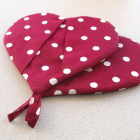 Cotton hot pot holder Oven mittens red  white polka dots fabric kitchen gloves  heart shape